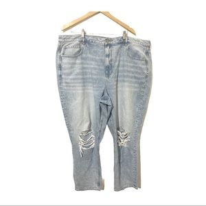 NEW American Eagle Knee Ripped Mom Jeans Size US24